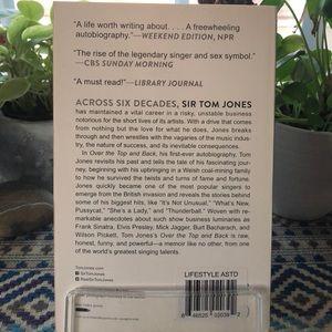Tom Jones the Autobiography NWT